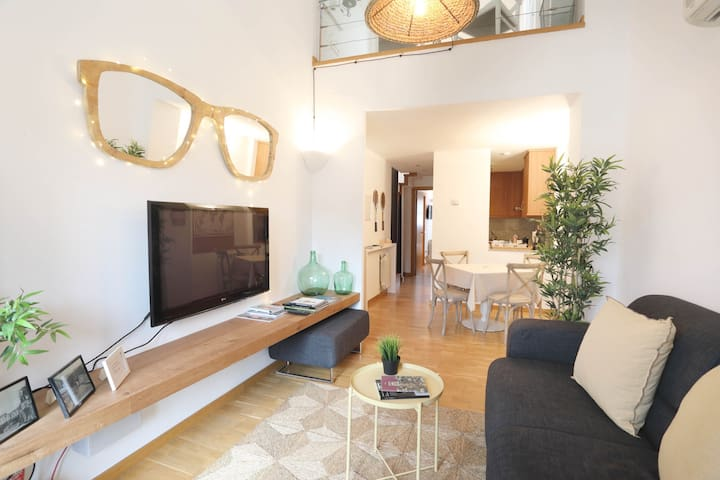 *****Magnific Penthouse In Old Town - Girona - Lägenhet
