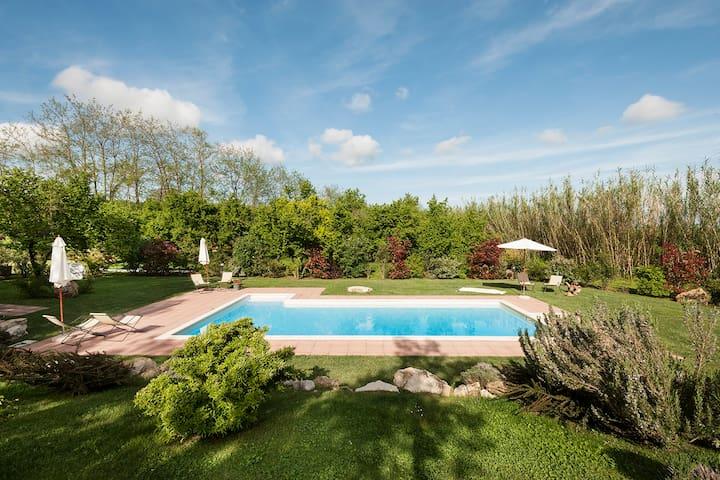 La Caiole Holidays Home - Capranica - Villa