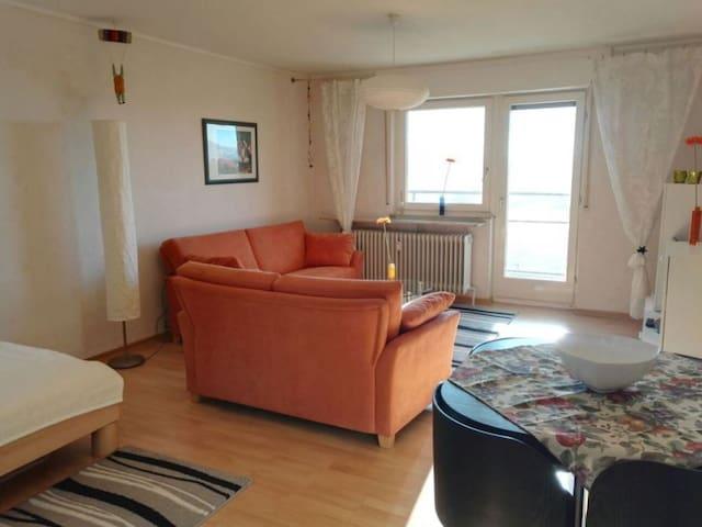 Schöne kleine Wohnung in Heimsheim - Heimsheim - Apartment
