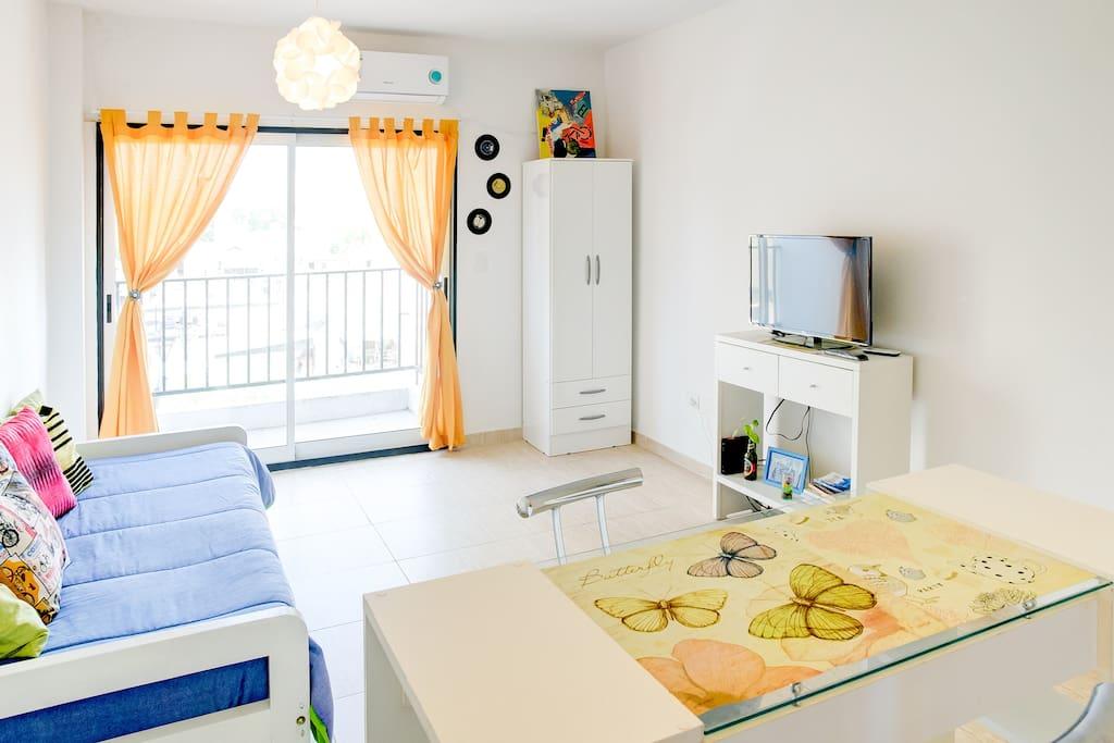 Placard  camas  TV con Tda y wifi