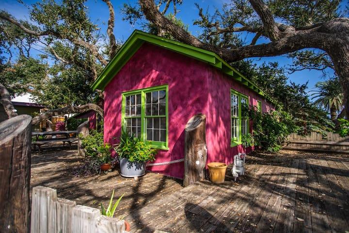Vintage Rockport-Fulton TX Aransas Bay Bungalow