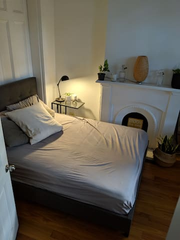 Beautiful Surry Hills Room