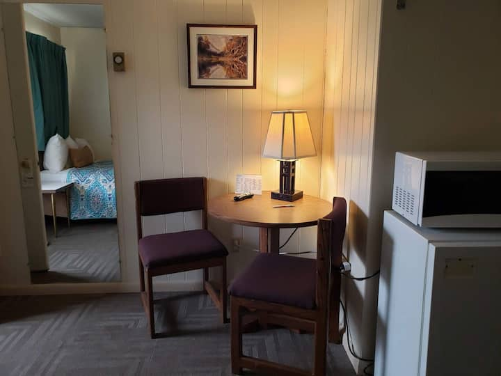 Cozy, quiet, comfortable room, near downtown