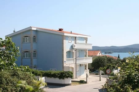 Two bedroom apartment with terrace and sea view Sveti Petar, Biograd (A-6158-a) - Wohnung