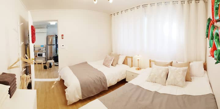 [NEW]Young lovely House, 3minutes from Hongdae STN