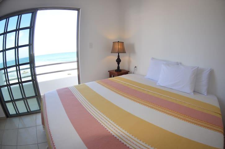 BOCA IGLESIA SUITES–OceanView/King&DoubleBedRooms - อิสลา มูเจเลส - โรงแรมบูทีค
