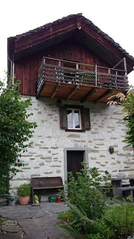 Rustico in der Südschweiz