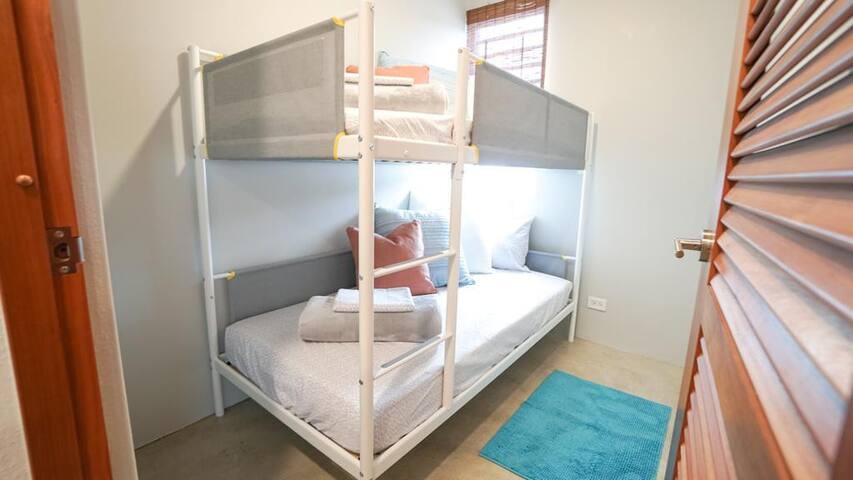 2nd Bedroom with Twin Bunk Beds