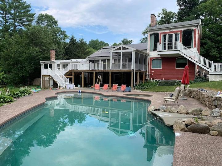 Home resort, nature retreat