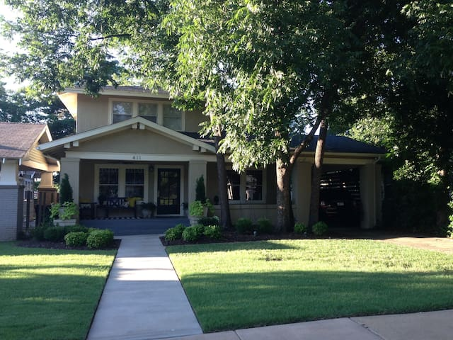5 Star in heart of Uptown/Mesta Park/Heritage Hill