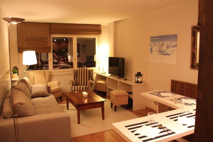 Baqueira1500, apartamento lujoso a pie de pistas - Baqueira - Daire