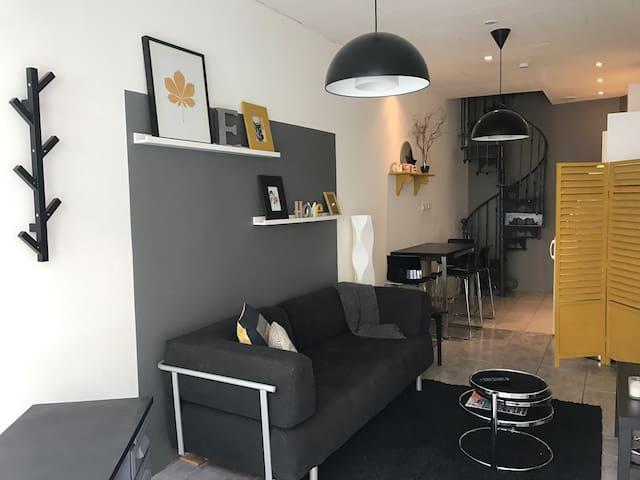 Maison atypique en centre ville - Caumont-sur-Durance - Casa