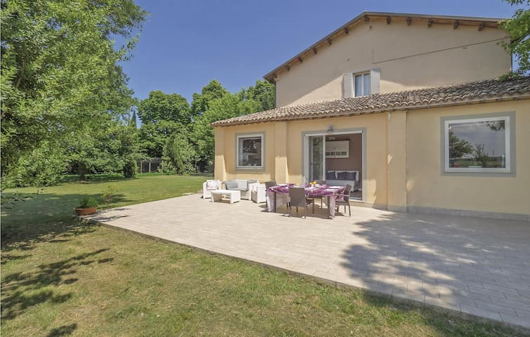Holiday cottage with 6 bedrooms on 450m² in S.S.di Ravenna (RA)