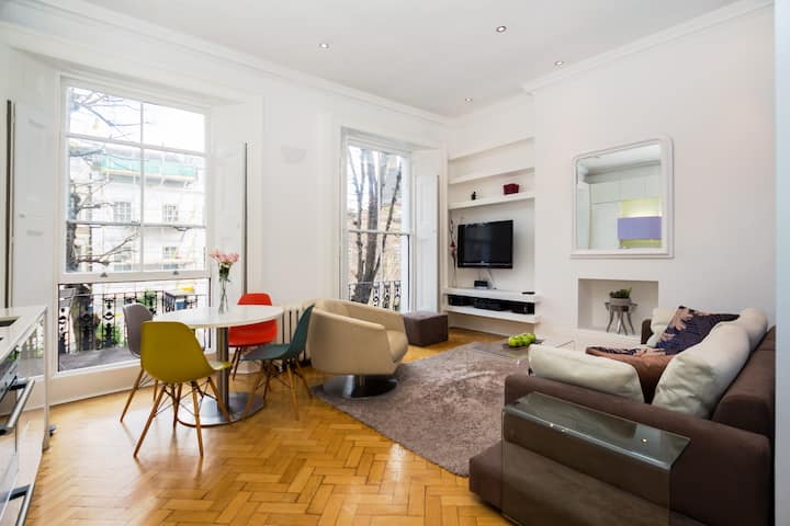 Sophisticated 2 BDR Apt w/Own Balcony,Notting Hill