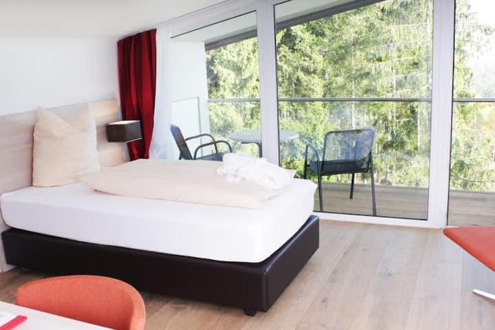 Schwarzwald Lodge Rothaus, (Grafenhausen), Einzelzimmer mit Balkon