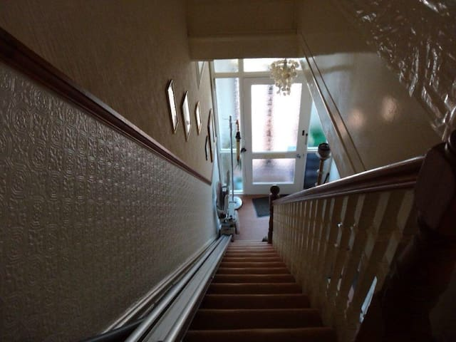 Ensuite to Let in Victorian Home - Portsmouth - Hus