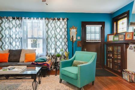 Unique 1200 sq ft apartment in STL!