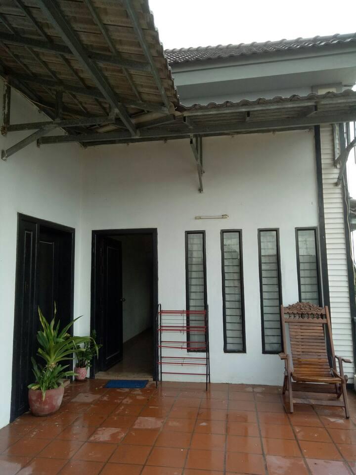 Sopheakmongkul House