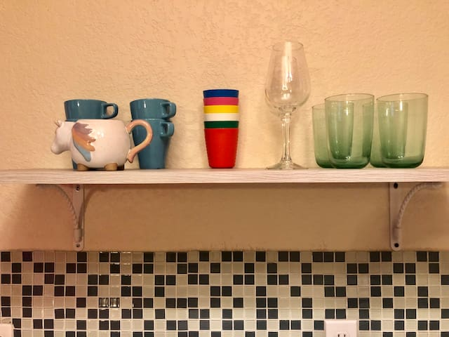Cups, mugs and wine glasses!