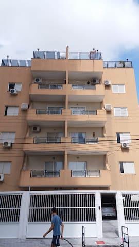 Apartamento perto da praia