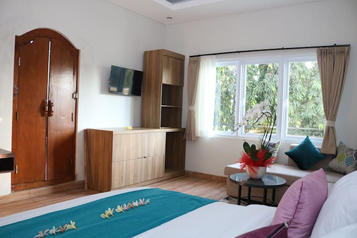 Royal Orchid Lodge, SPA & Resto (Superior Deluxe)