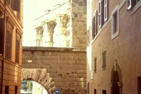 Casa Iulia Lucretia @Colosseum/Fora