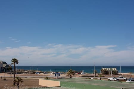 Spacious beach front flat with great sea views