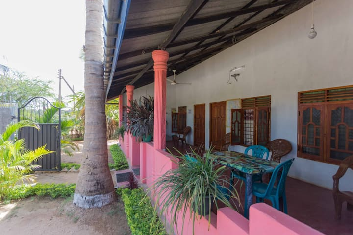 Neverbeen to Pranu House | Deluxe DBL 2