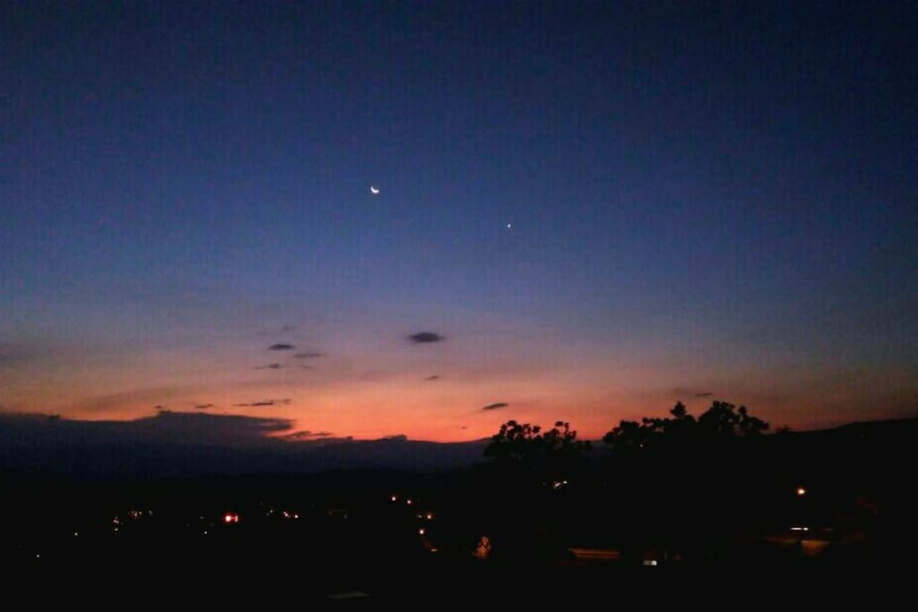 Sunset desde nuestro alojamiento.