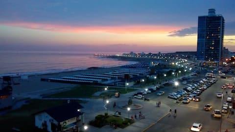 Depto Miramar frente mar y media cuadra peatonal