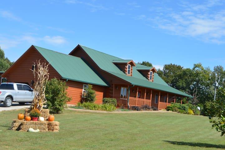 Lonesome Oak Farm