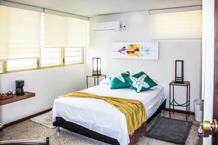 Fresca y Silenciosa Suite: Zona Pintoresca, AC