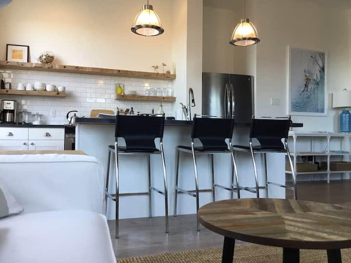 Loft Apartment in Heart of Lunenburg