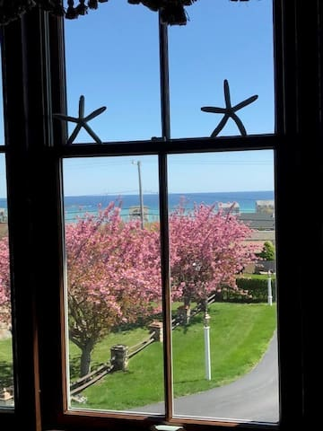 Grand Victorian with ocean views in Scituate, MA