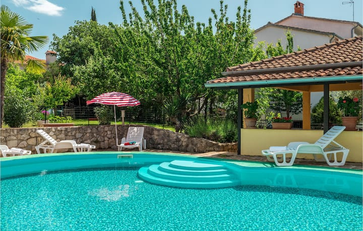 Beautiful home in Porec with 1 Bedrooms