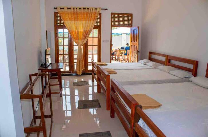 Happy Laugh Hostel - Double room