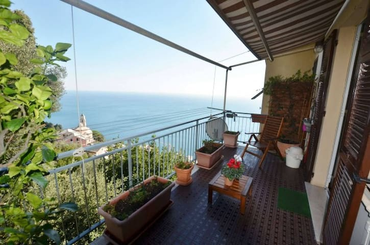 Al volo sul mar Ligure... - Genua - Appartement