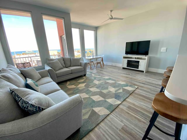 Carolina Beach Boardwalk Lux Condo w/ Ocean Views