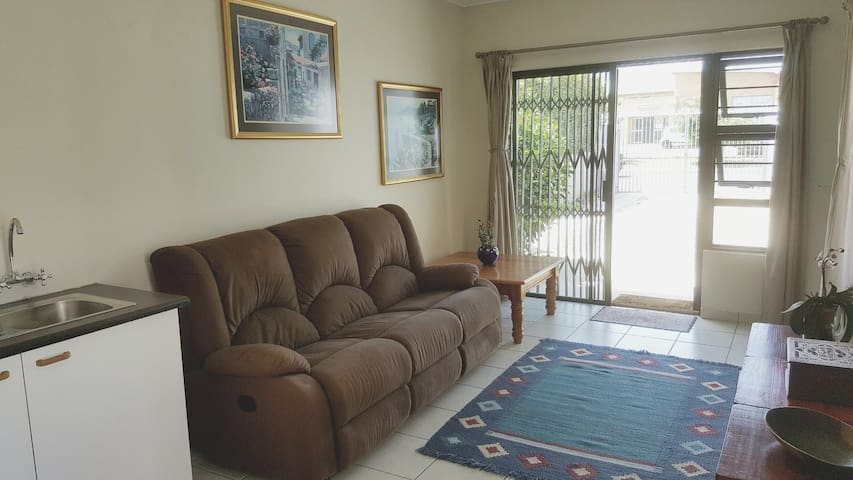 Wheelchair and petfriendly bungalow in Strand