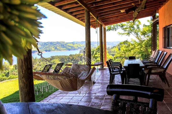 Family Suite in Lake Lodge Villas del Lago - Yaque Abajo - Aamiaismajoitus