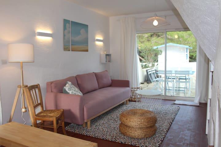 Petite maison dans résidence à 50m de la plage