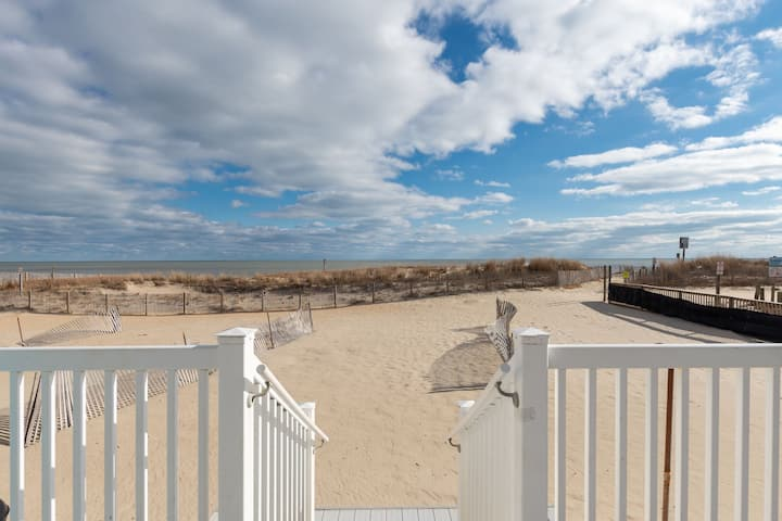 Ocean Colony 14 - Big Oceanfront, Steps Right Down to the Beach!