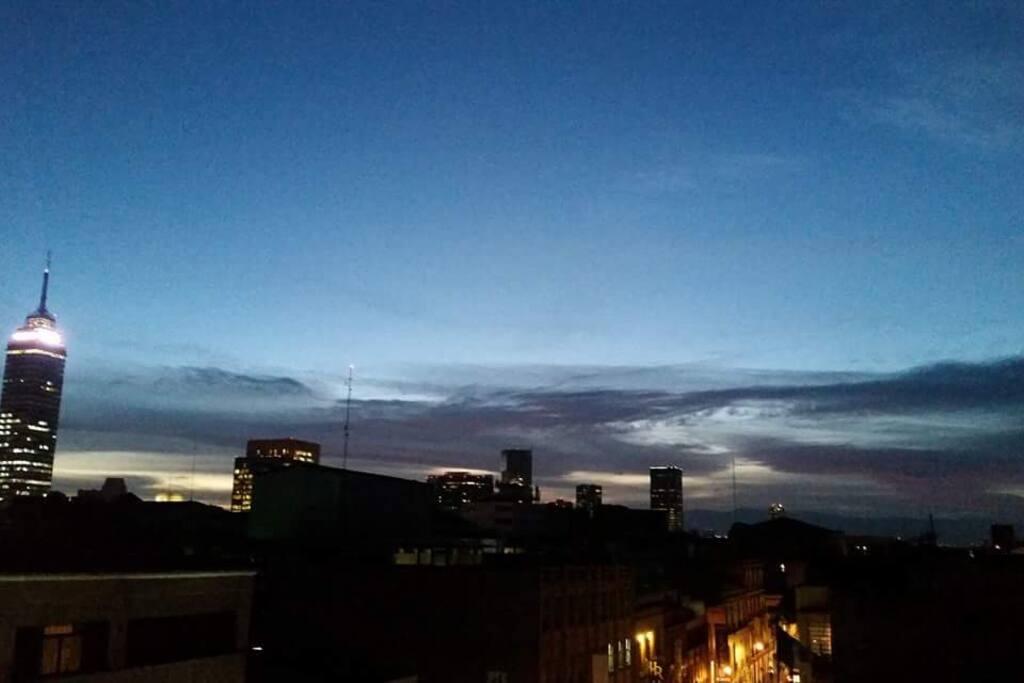 anochecer  visto desde el roof