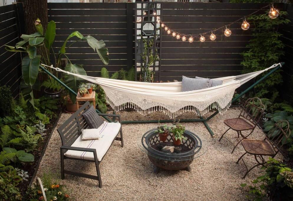 Well-decorated serene backyard!
