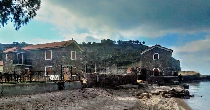 Stone House on the Sand Groundfloor