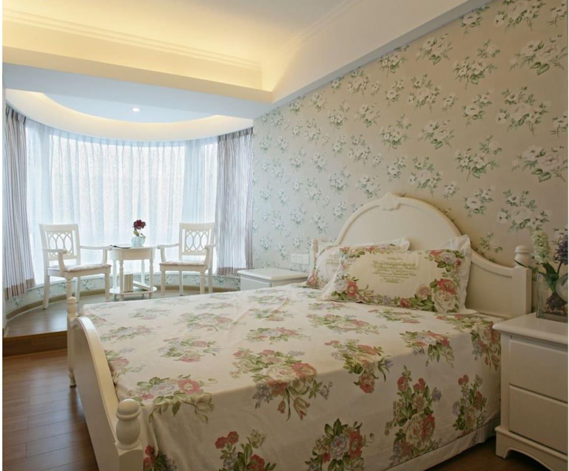 房间的设计还有装饰