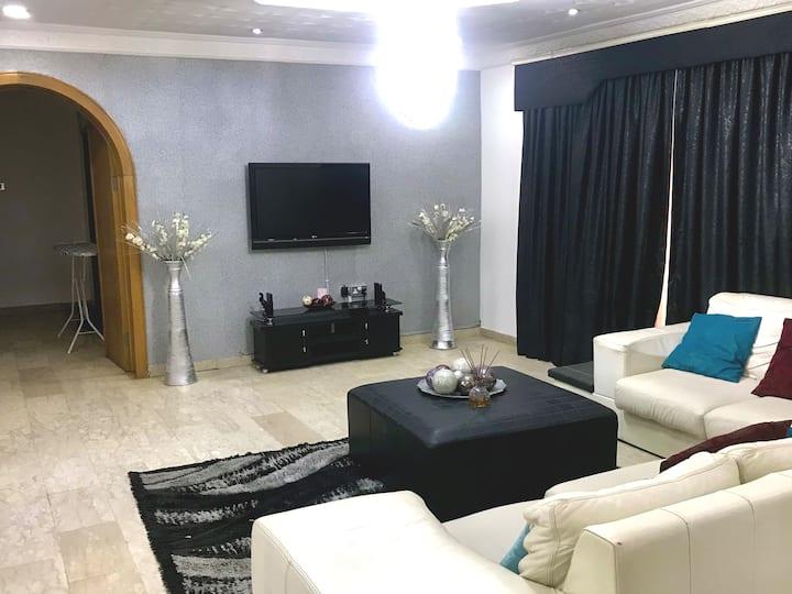 Luxury 3 Bedroom Apartment in Maitama(Whole House)