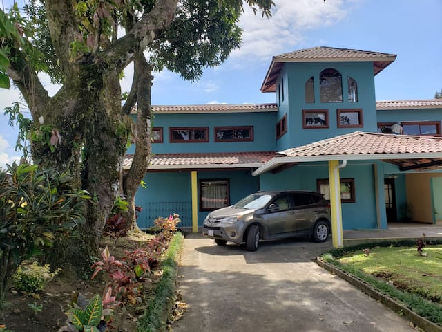 Full sized bedroom in home near Lake Arenal