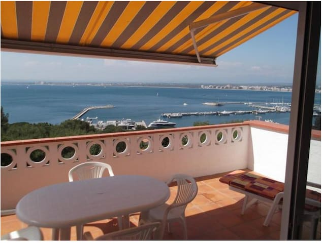 Apartment 4 pers Seaview Pool !