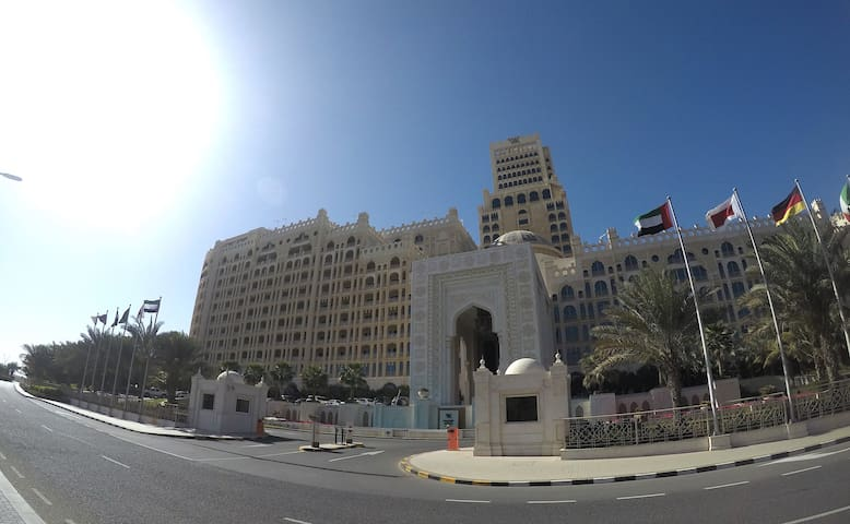 900sq ft Studio in 5* Al Hamra Palace Hotel in RAK